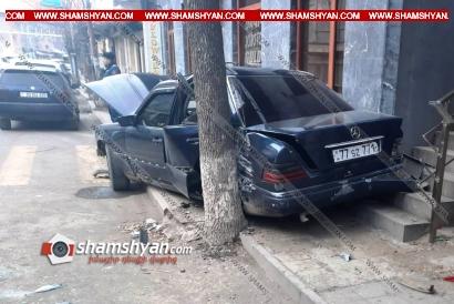 Photo of Ավտովթար Լոռու մարզում. պայմանագրային զինծառայողը Mercedes-ով բախվել է հանրախանութի պատին. վիրավոր ուղեւորը եւս զինծառայող է