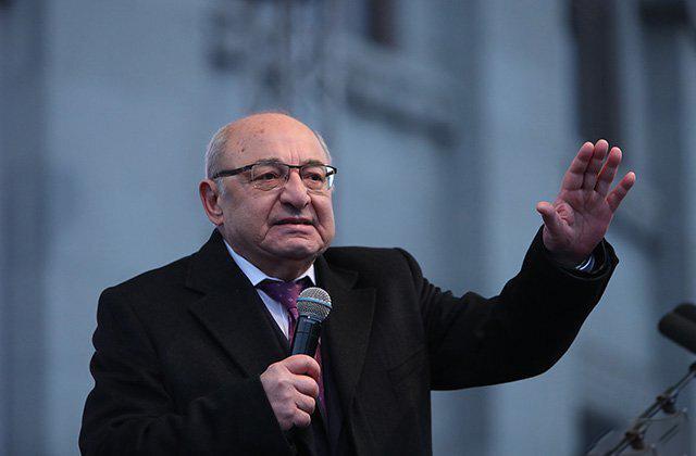 Photo of Վազգեն Մանուկյանն այսօր ու վաղը չի այցելելու Ազատության հրապարակ
