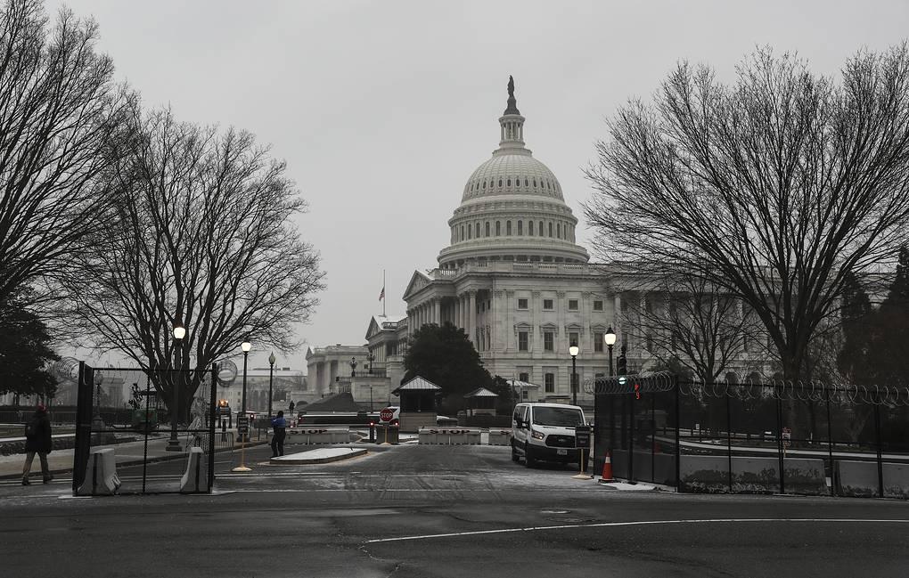 Photo of В США заявили, что могут ответить на приписываемые России кибератаки не только санкциями