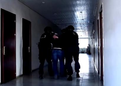 Photo of Արտակարգ դեպք ՀՀ ԱԱԾ քննչական դեպարտամենտում․ մեղադրյալի և ավագ քննիչի միջև ծեծկռտուք է տեղի ունեցել