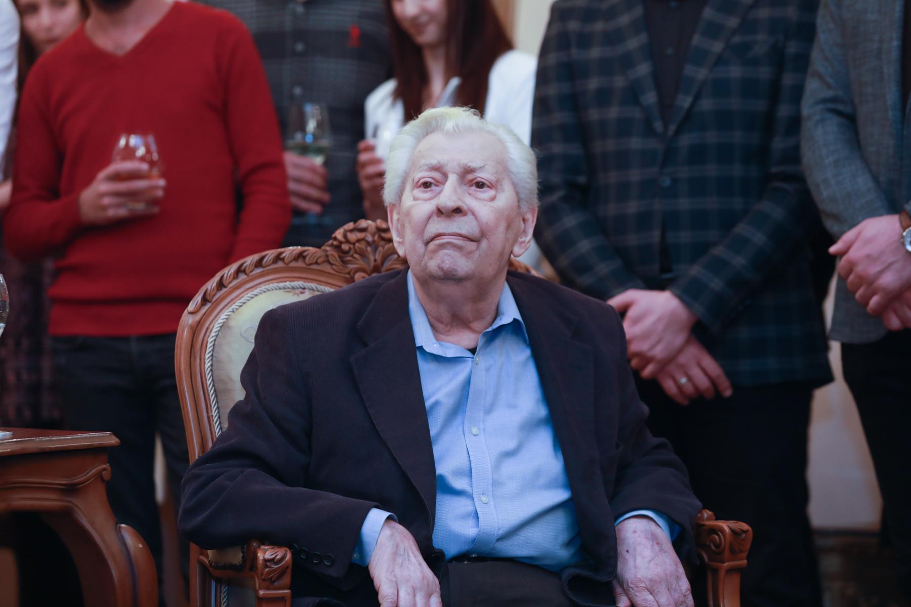 Photo of «Բալետից գեղեցիկ ոչինչ չկա». բալետմայստեր Վիլեն Գալստյանն այսօր դարձավ 80 տարեկան