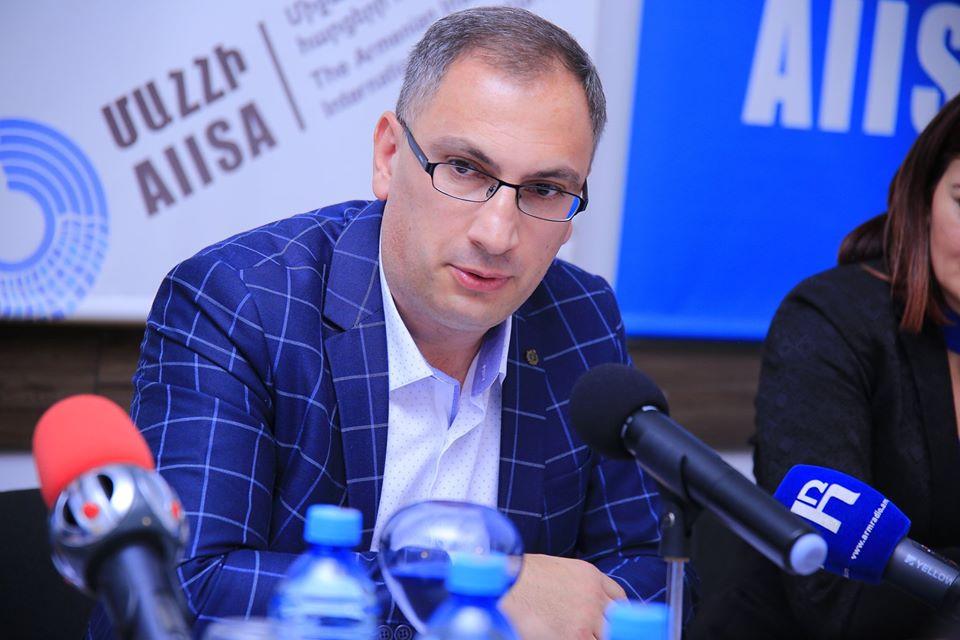 Photo of «Չեմ բացառում, որ կլինի Հայաստանից մշտական մեկնողների աճ. մարդիկ երկար չեն կարող սպասել». Ժողովրդագետ