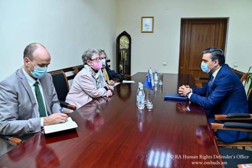 Photo of ՄԻՊ-ը Անդրեա Վիկտորինի հետ հանդիպմանը նշել է գերիների վերադարձի հրատապության մասին