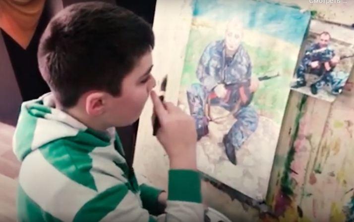 Photo of Ռաֆայելն իր ստեղծագործություններում հանուն հայրենիքի կյանքը տված ոստիկան հորն է պատկերել. փոխգնդապետը զոհվել է Շուշիի մշակույթի տանը