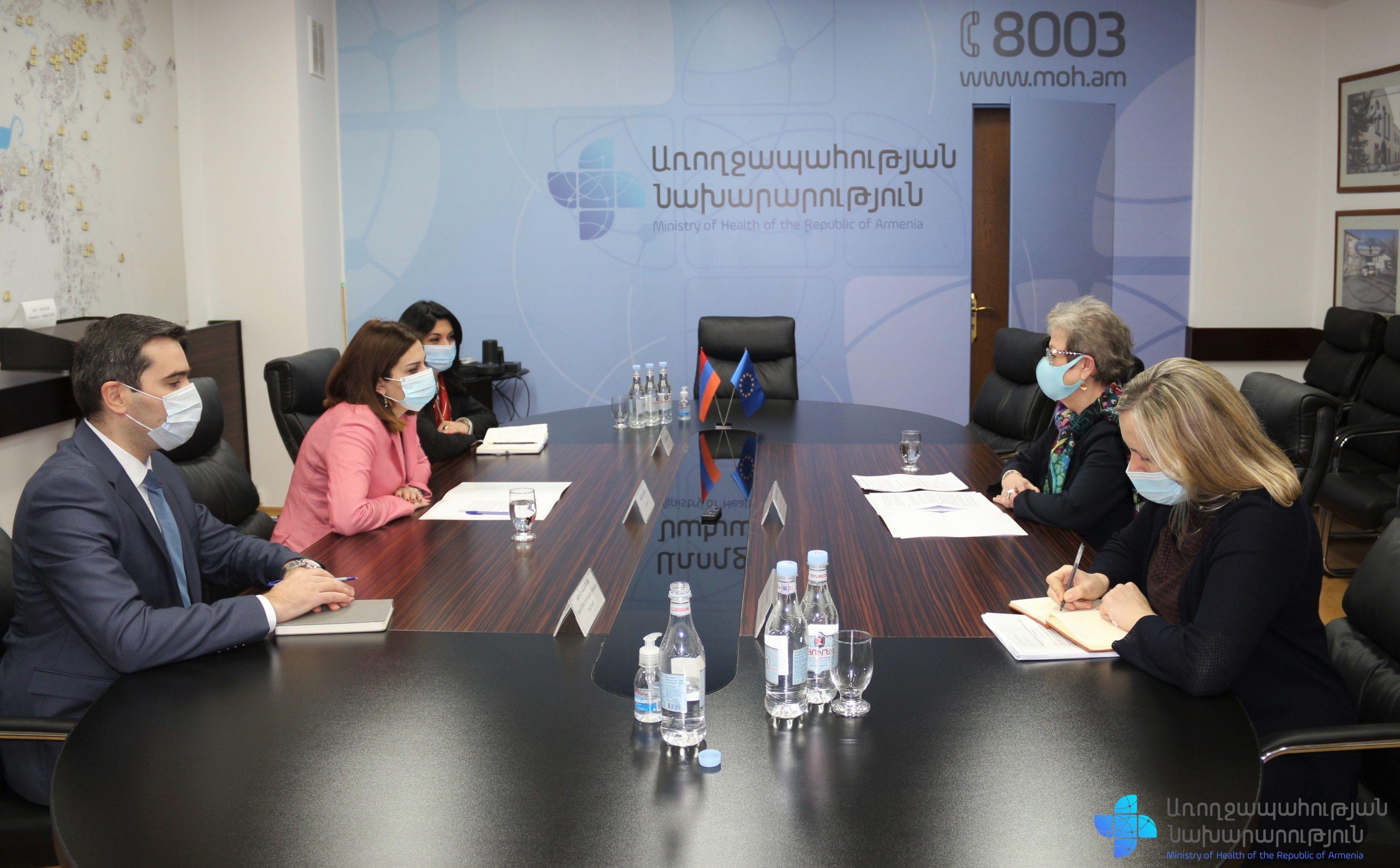 Photo of ՀՀ առողջապահության նախարարը հյուրընկալել է ՀՀ-ում Եվրամիության դեսպանին