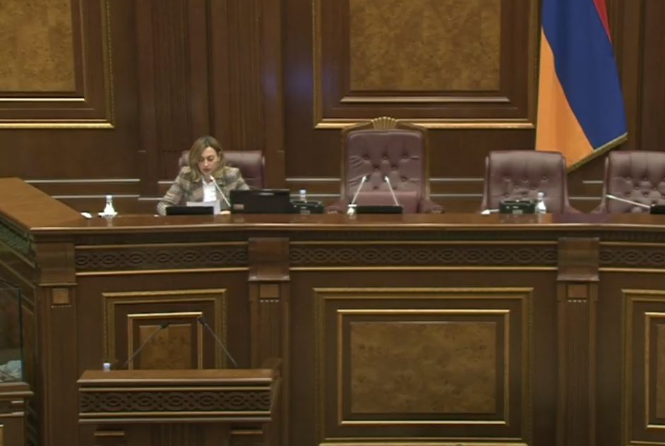 Photo of ԱԺ-ում կառավարության հետ հարցուպատասխանի ժամ է. ՈՒՂԻՂ