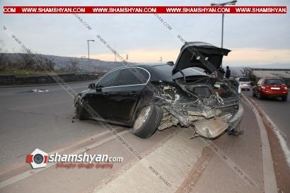 Photo of Ավտովթար Երևանում․ «Հաղթանակ» զբոսայգու մոտ բախվել են BMW-ն, Volkswagen Passat-ը և Nissan March-ը․ կա վիրավոր
