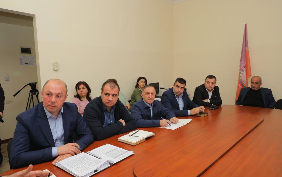 Photo of Տեղի է ունեցել Արցախի Հանրապետության Ազգային ժողովի ֆինանասաբյուջետային և տնտեսական կառավարման հանձնաժողովի նիստը