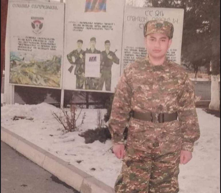 Photo of «Маргар говорил: «Пока враг дойдет до нас, война уже окончится». История, рассказанная отцом 19-летнего военнослужащего-срочника