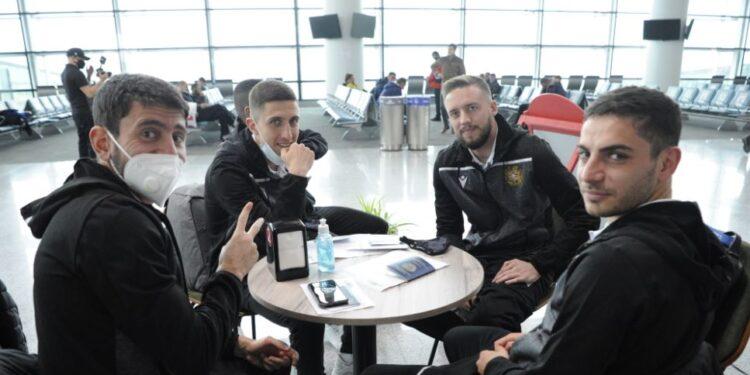 Photo of Сборная Армении по футболу отправилась в Швейцарию