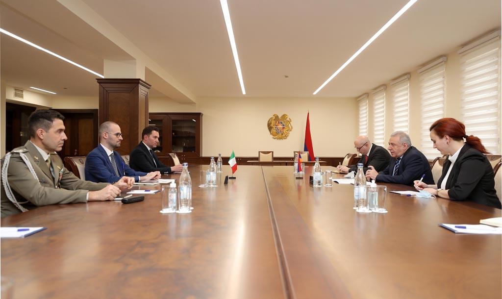 Photo of Քննարկվել են պաշտպանության բնագավառում հայ-իտալական համագործակցությանն առնչվող հարցեր