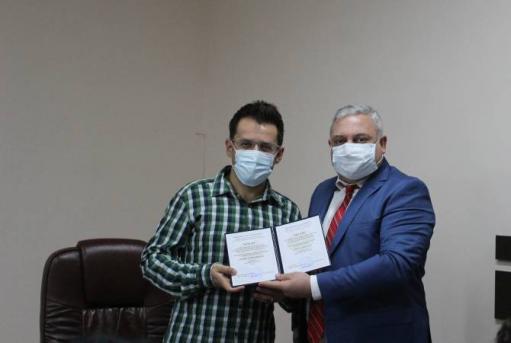 Photo of Լևոն Արոնյանին հանձնվել է ՖԿՍՊԻ պատվավոր պրոֆեսորի կոչման վկայագիրը