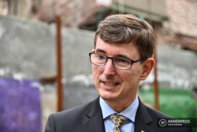Photo of Нидерланды считают удерживаемых в Азербайджане всех армян военнопленными: посол