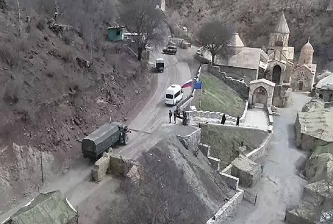 Photo of Армянские паломники в сопровождении российских миротворцев посетили Дадиванк и Амарас