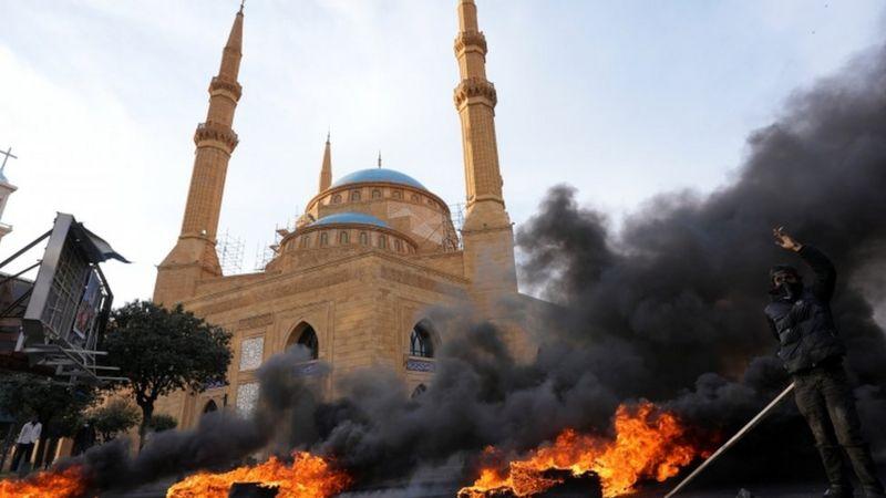 Photo of Ливан: зарплаты падают, солдаты на грани голода, преступность растет