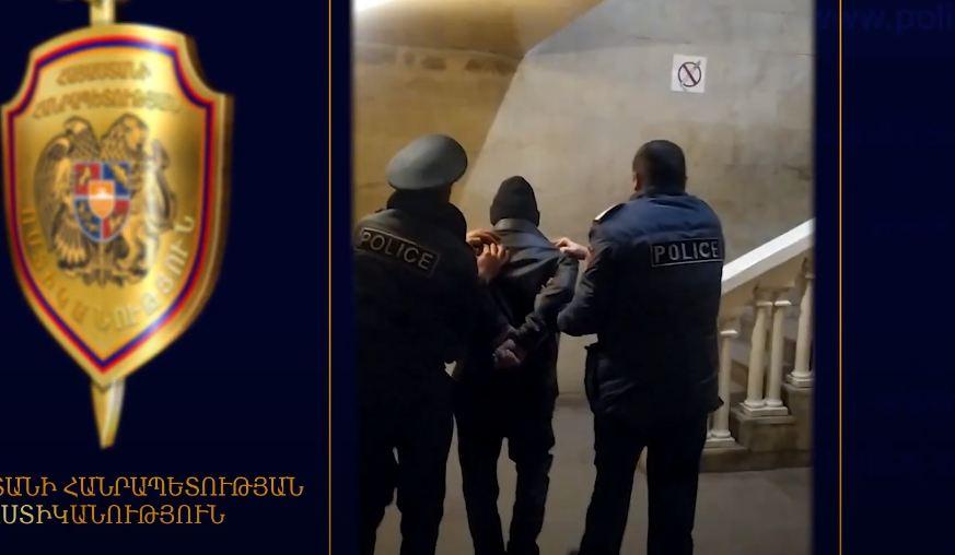 Photo of Արտաշատի ոստիկանները բնակարանագողին բռնեցին հենց դեպքի վայրում․ 64-ամյա տղամարդը ձերբակալվել է