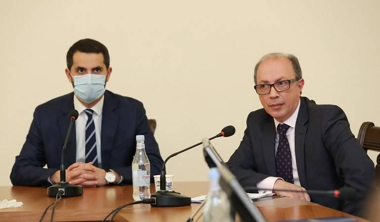 Photo of ՀՀ ԱԳ նախարարը պատասխանել է պատգամավորների հարցերին ԱԺ արտաքին հարաբերությունների մշտական հանձնաժողովի նիստի ժամանակ