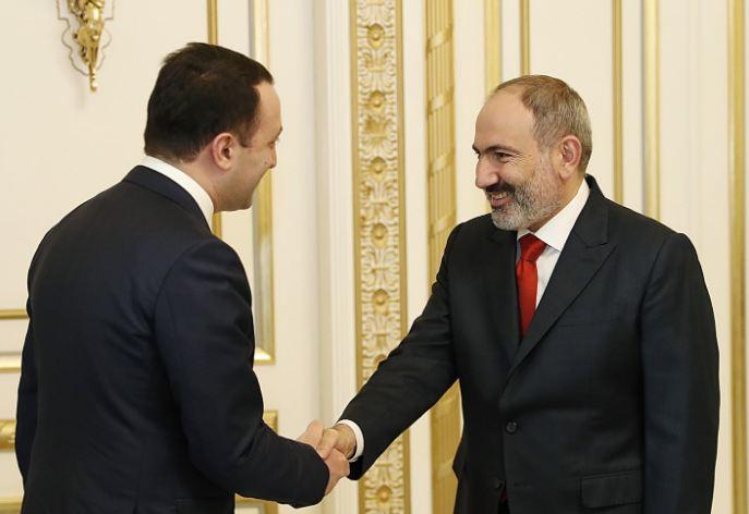 Photo of Никол Пашинян поздравил Ираклия Гарибашвили с назначением