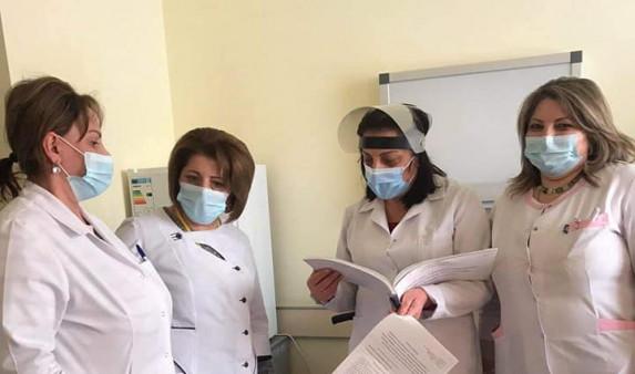 Photo of 2020 թ. մարտի 1-ից մինչև 2021թ մարտի 18-ն ընկած ժամանակահատվածում 5740 բուժաշխատող է կորոնավիրուսով վարակվել