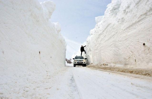 Photo of Մուշում ձյան շերտի բարձրությունը հասել է 6 մետրի
