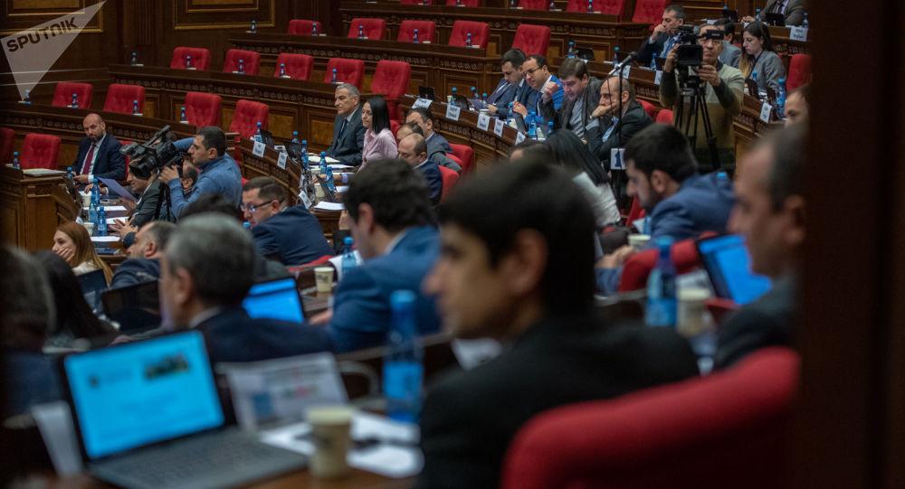 Photo of ԱԺ–ն մերժեց Վճռաբեկ դատարանի դատավորի թեկնածուներին. քվեարկության արդյունքները