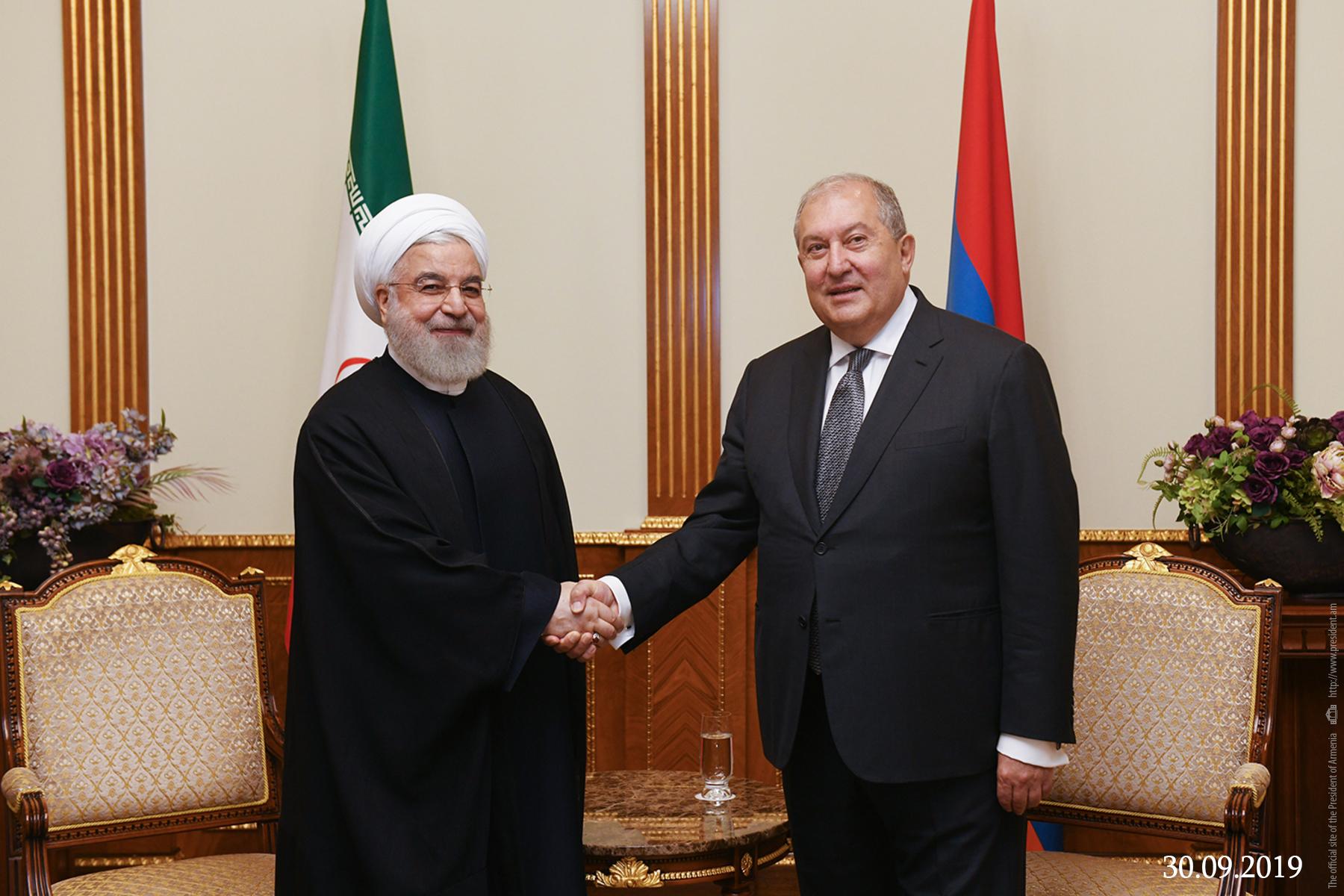 Photo of Արմեն Սարգսյանը Նովրուզի առթիվ շնորհավորել է Իրանի նախագահին և հոգևոր առաջնորդին