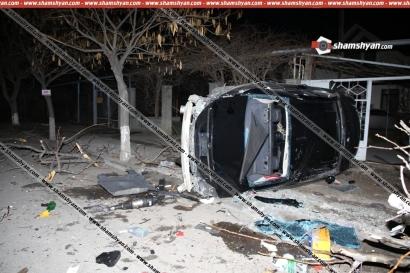 ԲԱՑԱՌԻԿ ՏԵՍԱՆՅՈՒԹ՝ Էջմիածնում Mercedes-ի մասնակցությամբ տեղի ունեցած կասկադյորական ավտովթարից
