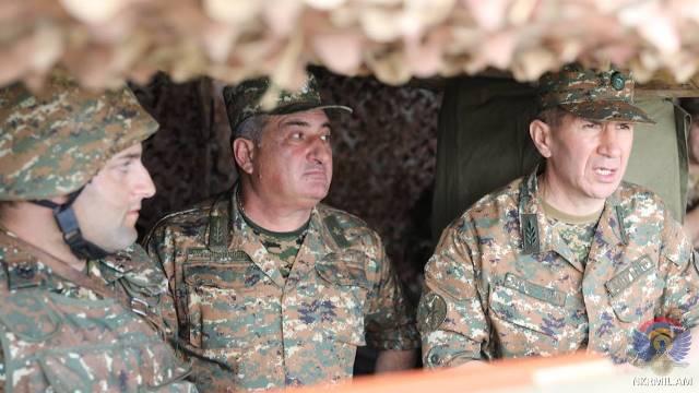 Photo of «Շատ խիստ պետք է դնել, որ ՀՀ զինված ուժերը քաղաքական գործընթացներին չպետք է ներքաշվեն և որևէ կերպ չպետք է ներգրավվածություն ունենան դրանց մեջ»
