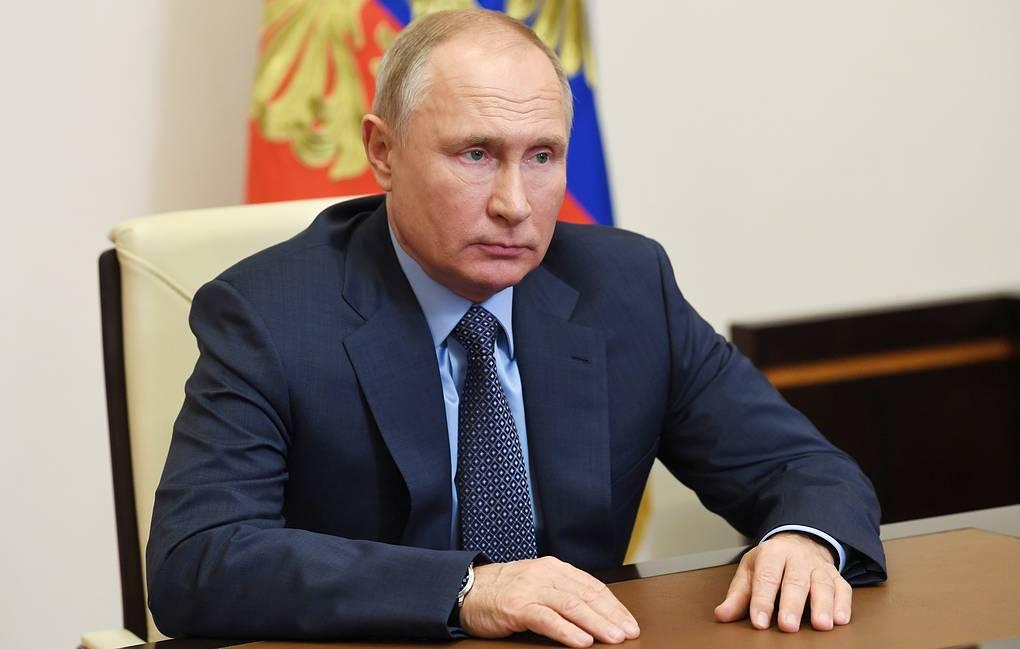 Photo of Путин не контактировал лично с Максимом Орешкиным, заболевшим COVID-19