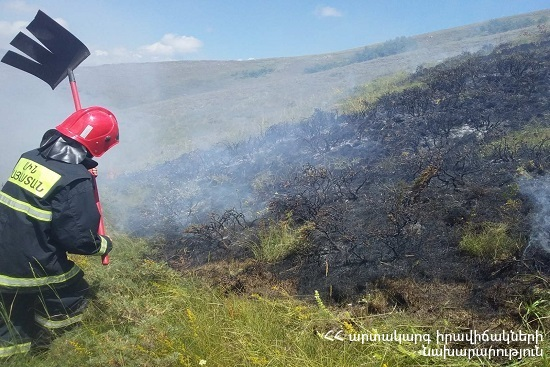Photo of Пожарные-спасатели потушили пожары на территории общей площадью 15․7 га