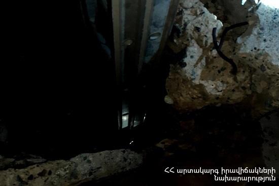 Photo of «Սուրբ Դավիթ» սրբատեղիի տարածքում քաղաքացին ընկել է մոտ 10 մետր խորությամբ դիտահորը. մարմնական վնասվածքներ ստացած քաղաքացուն դուրս են բերել փրկարարները