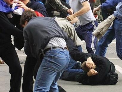Photo of Երևանում մի խումբ երիտասարդների ծեծկռտուքն ավարտվել է դանակահարությամբ. մասնակիցների մեջ են պաշտոնյաների և ուժային կառույցների բարձրաստիճան սպաների որդիներ