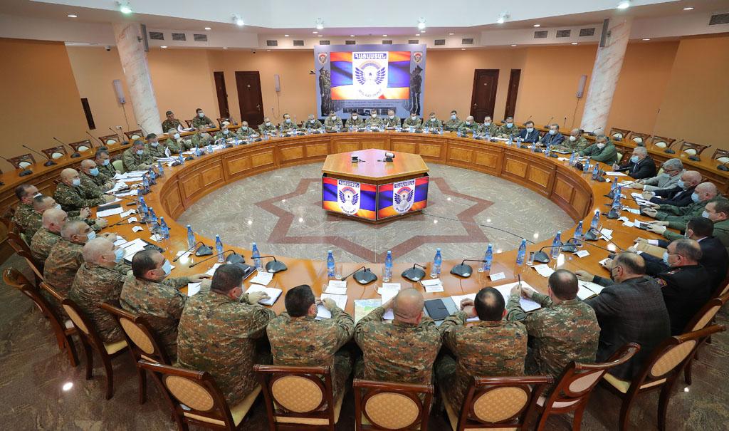 Photo of Անցկացվել է խորհրդակցություն ՊՆ, ԶՈՒ և ԶՈՒ ԳՇ ղեկավար կազմի մասնակցությամբ