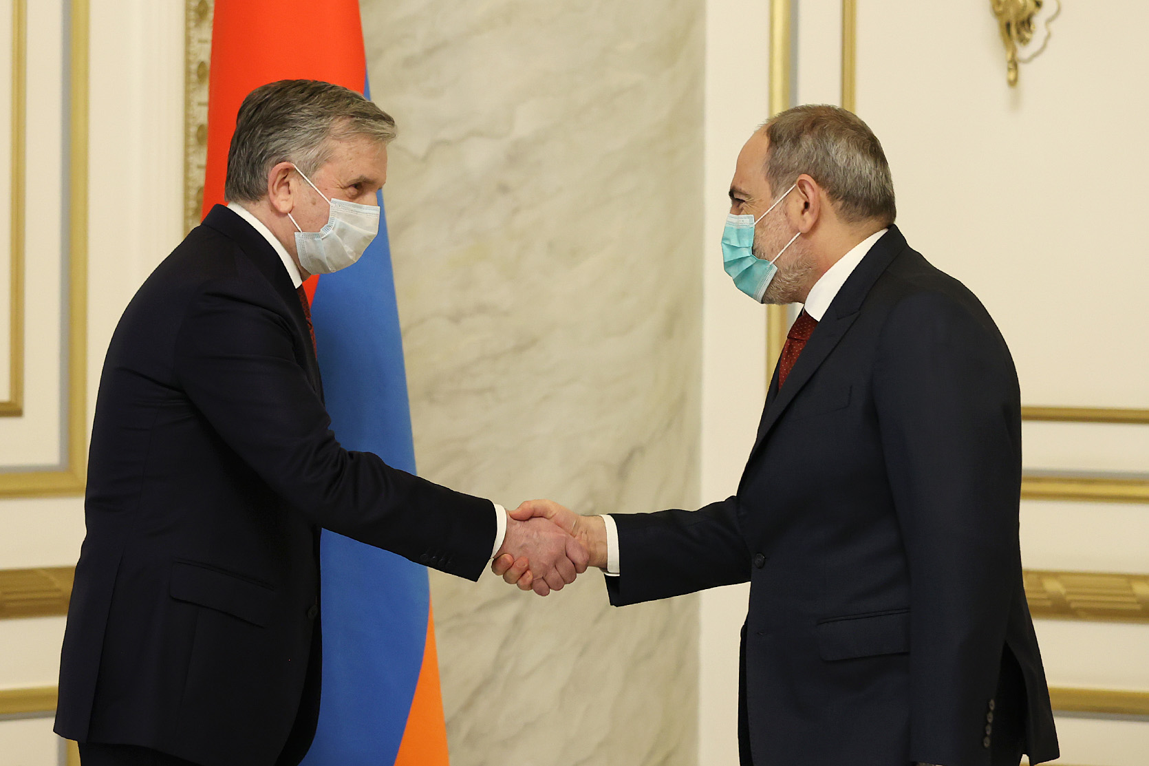 Photo of Пашинян и Зурабов обсудили перспективы сотрудничества