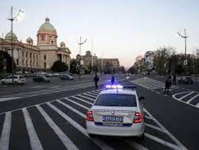 Photo of Полиция Сербии задержала мигранта из Афганистана, отломавшего крест на памятнике в центре Белграда