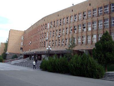 Photo of Հայ-Ռուսական համալսարանի կարգավիճակում կամ գործունեության պայմաններում ոչինչ չի փոխվում. համալսարանի ռեկտոր