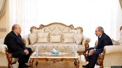 Photo of Премьер-министр Армении посетил президента, которому нездоровится