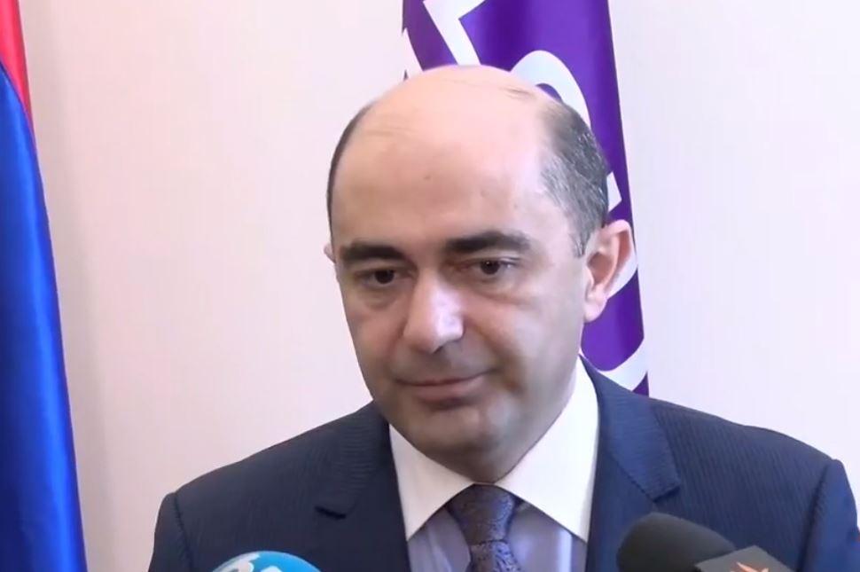 Photo of «Возможно, что до выборов вернется группа пленных» Лидер парламентской фракции «Просвещенная Армения» Эдмон Марукян