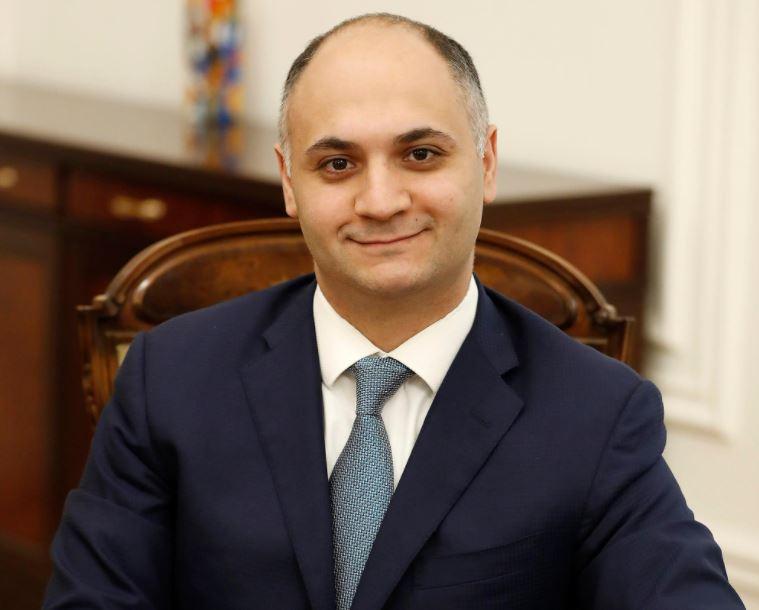Photo of Глава ГКЗЭК Армении выехал в Москву: будет подписан Меморандум о взаимопонимании