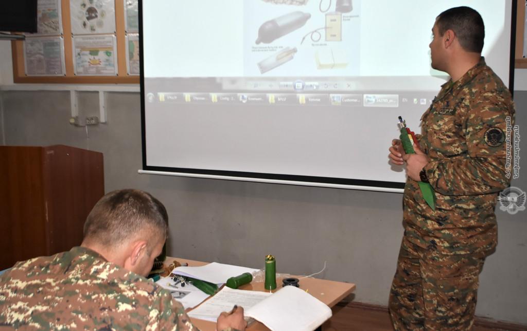 Photo of 4-րդ զորամիավորումում անցկացվել են ջոկերի հրամանատարների հավաքներ