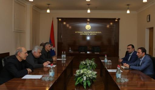 Photo of Արցախի Ազգային ժողովի խմբակցությունները հանդիպել են Արցախի ՄԻՊ թեկնածուի հետ