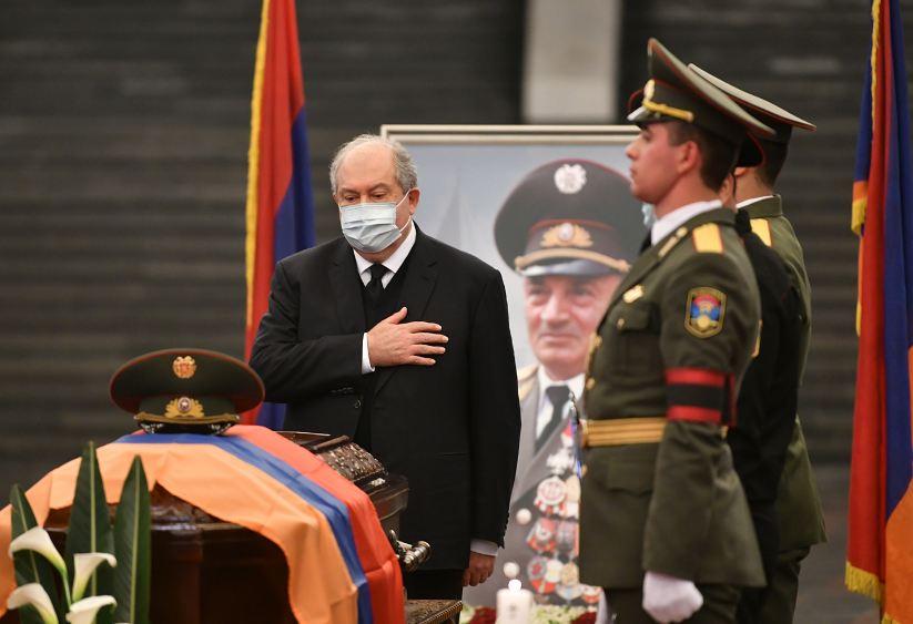 Photo of Президент Армен Саркисян присутствовал на панихиде по герою Арцаха Аркадию Тер- Тадевосяну