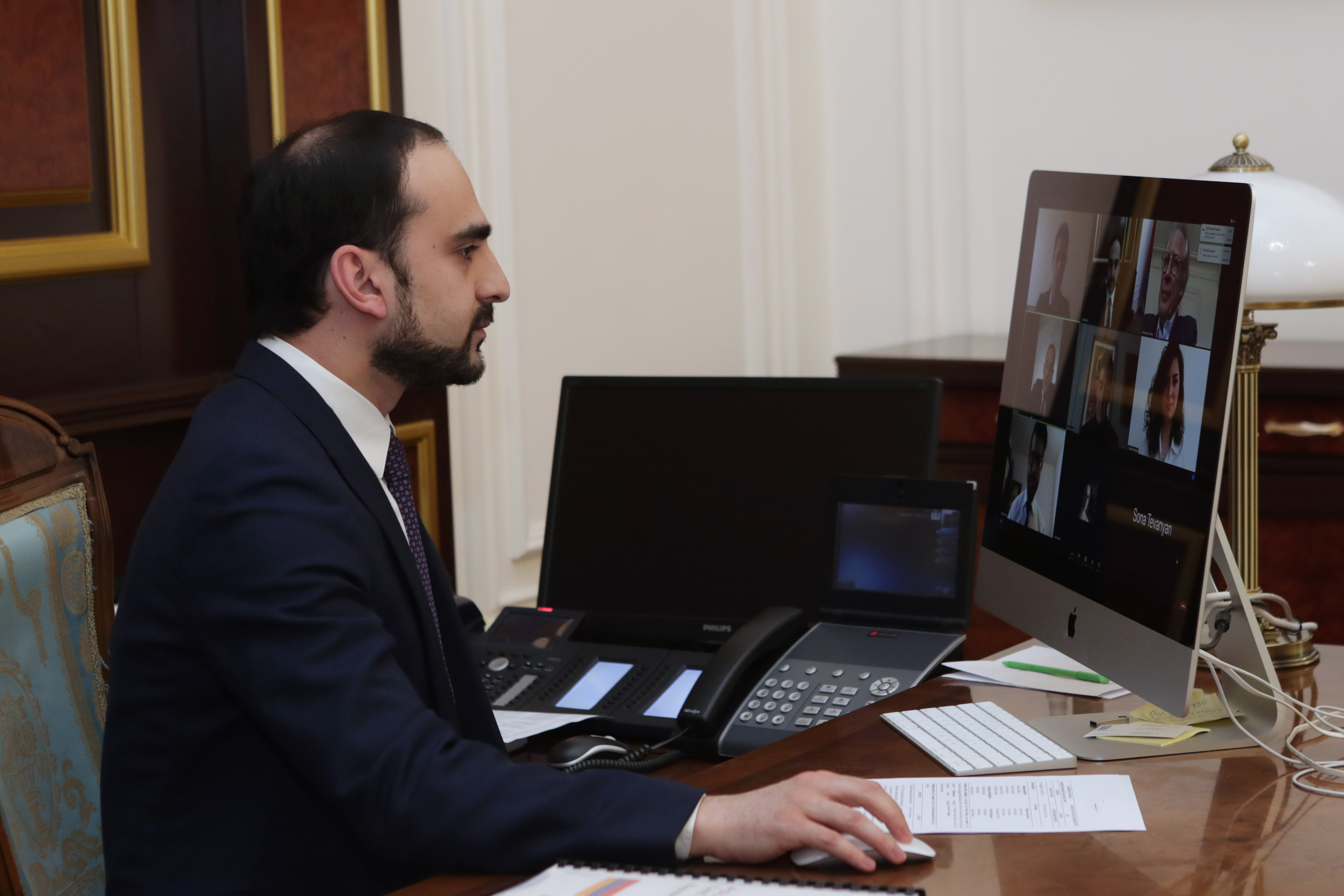 Photo of Вице-премьер Тигран Авинян принял участие в онлайн-заседании Совета директоров ANIF