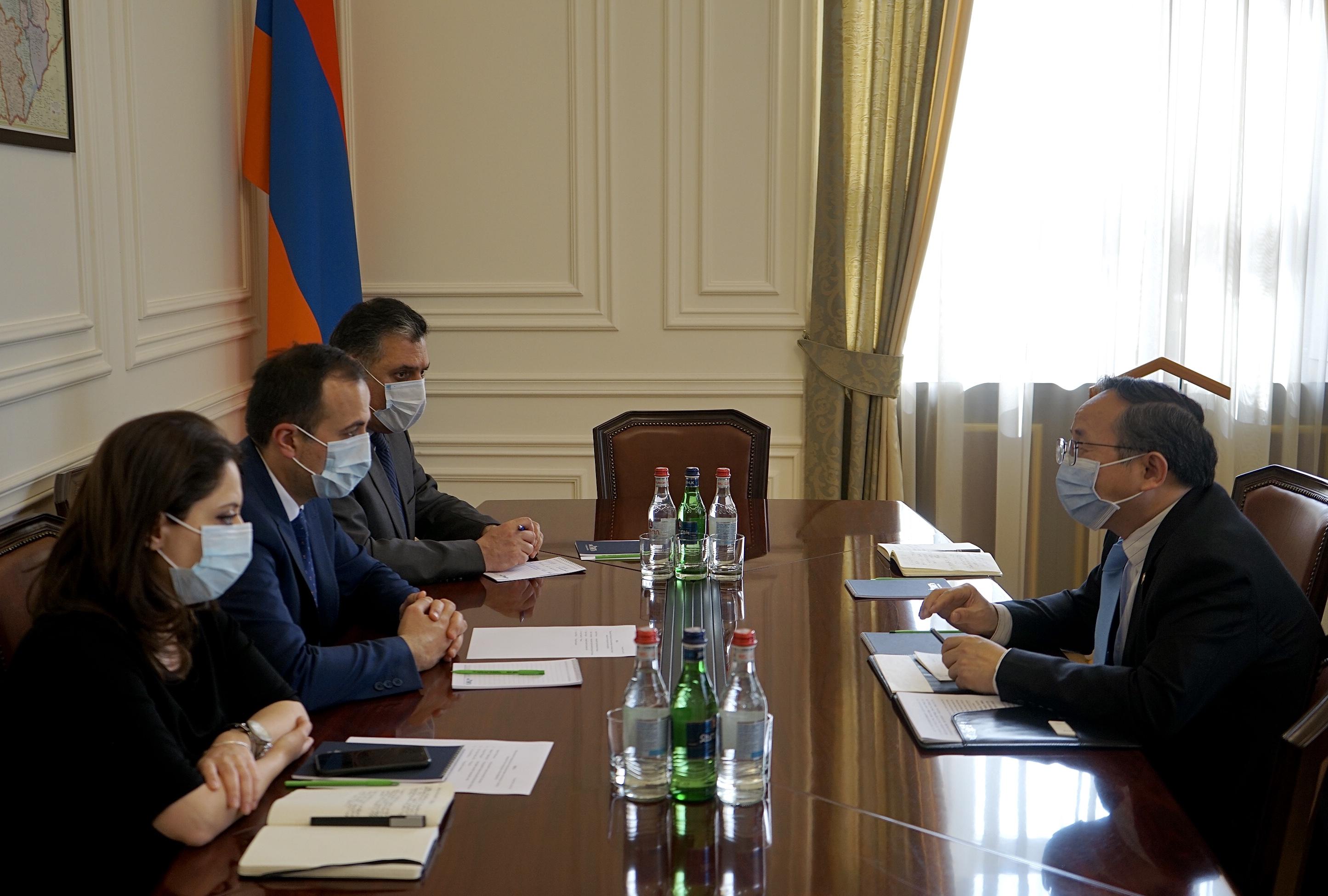Photo of Արսեն Թորոսյանը և ՉԺՀ դեսպանը քննարկել են ՀՀ և ՉԺՀ կառավարությունների փոխգործակցության զարգացման հեռանկարները