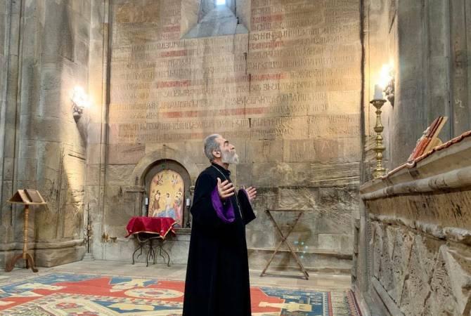 Photo of Предстоятель Арцахской епархии и архиепископ Паргев посетили монастырь Гандзасар