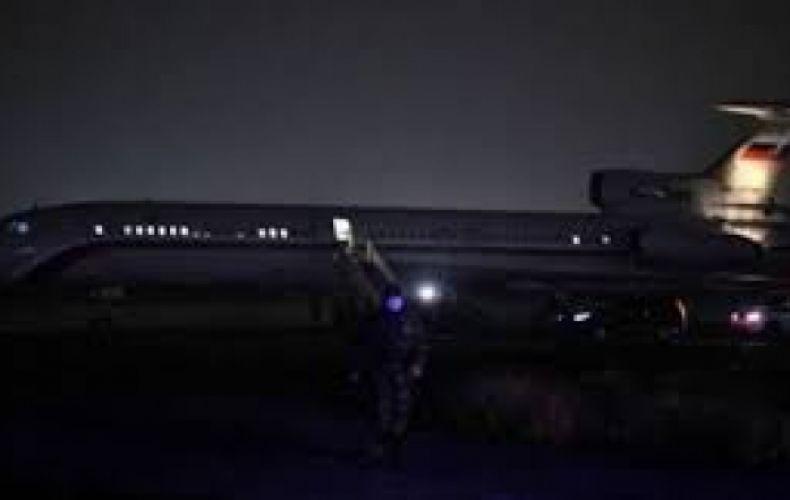 Photo of Հայ ռազմագերիներին տեղափոխող ինքնաթիռը Բաքվից Երեւան է ժամանել է դատարկ