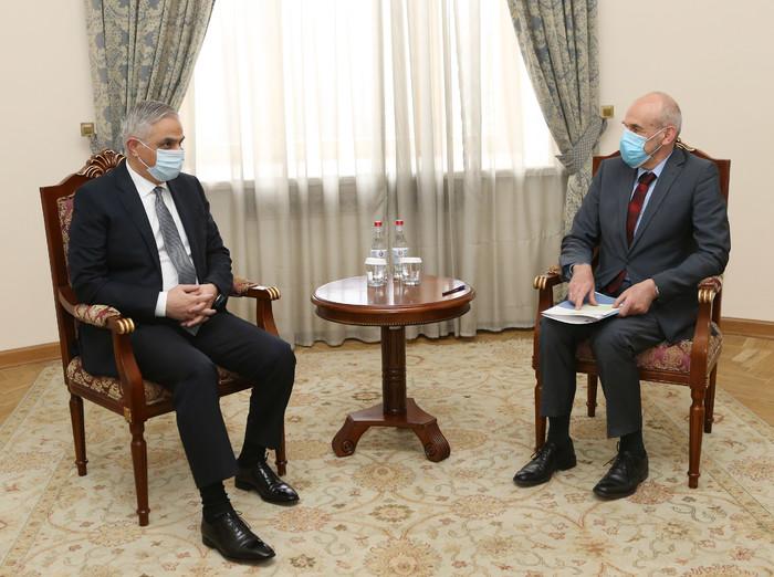 Photo of Вице-премьер Армении принял посла Германии и обсудил с ним ряд актуальных вопросов