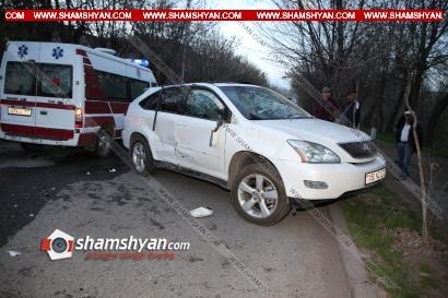 Photo of Ավտովթար Կոտայքի մարզում. Նոր-Հաճն քաղաքում բախվել են Lexus-ն ու Mercedes-ը. կա վիրավոր