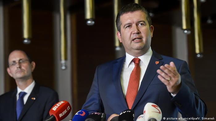 Photo of Чехия обсудит вопрос о взрыве в Врбетице с главами МИД ЕС