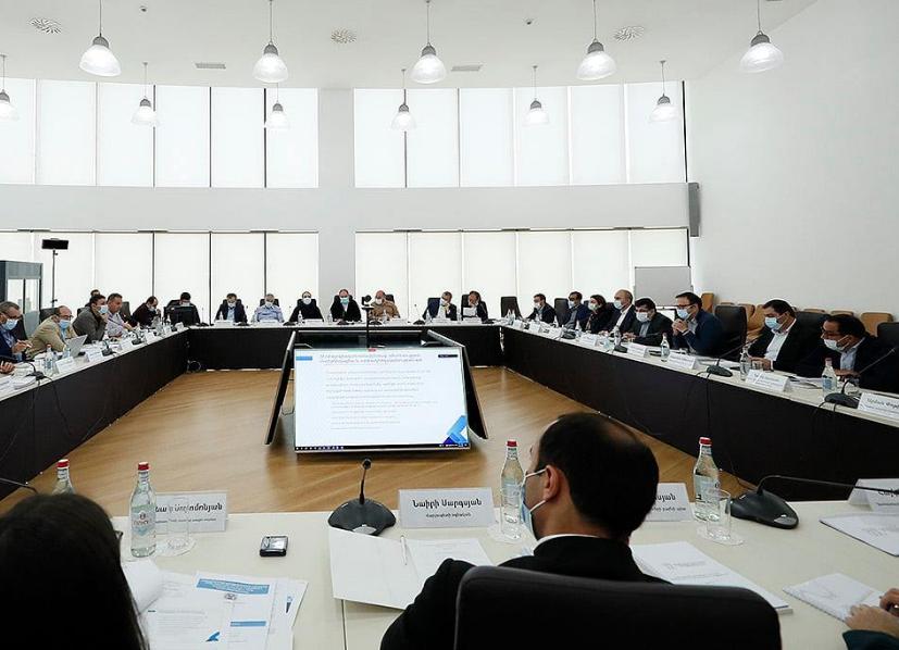 Photo of Под председательством премьер-министра обсуждались текущее состояние экономики и дальнейшие планы